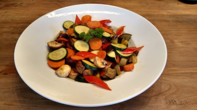 Buntes Champignon Gemüse aus der Heißluftfritteuse